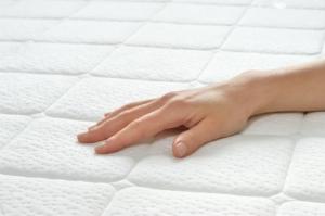 Eine Matratze Benötigt Ständige Pflege